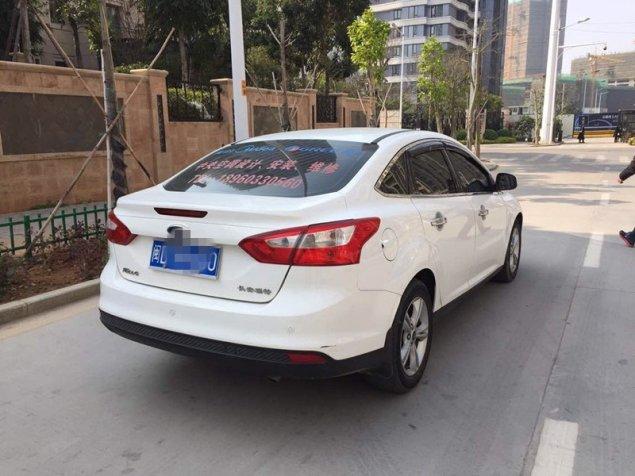 【厦门市】福特 新福克斯三厢 2012款 1.6l 自动舒适型