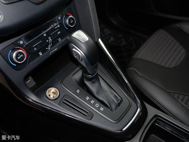 福克斯1.6L自动挡车型配备6速双离合变速箱-荐1.0T自动超能风尚型 高清图片