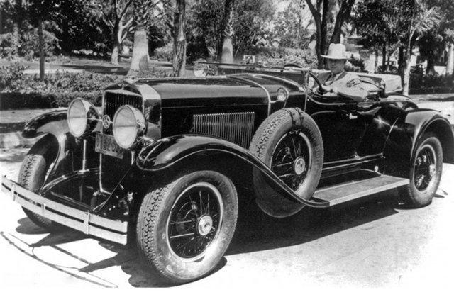 """""""新模式""""的发起者   哈利·厄尔的确是一位有才华的汽车造型设计师图片"""