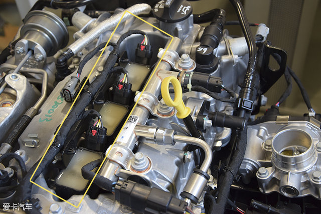圈采用了分体式设计,线束由全球最大的汽车线束系统生产商德尔福高清图片